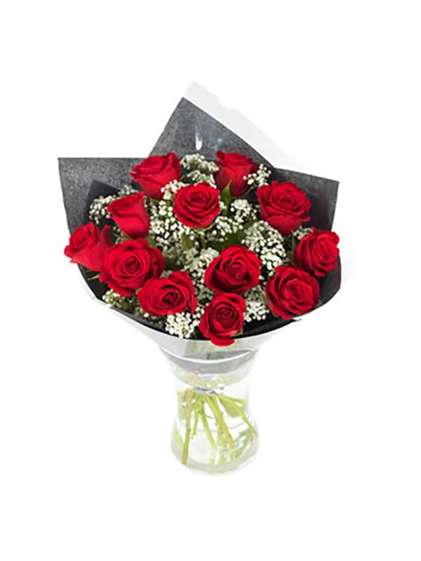 Rode rozen + gips boeket